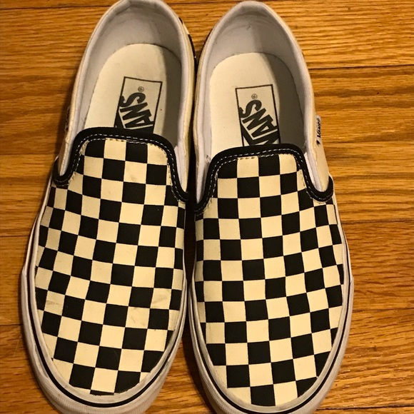 ac0401ff1e0dbb Black and White Checkered Vans. M 5c70258c0cb5aa31b9e8c021
